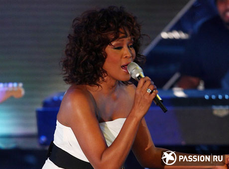 Уитни Хьюстон (Whitney Houston)/ splashnews.com